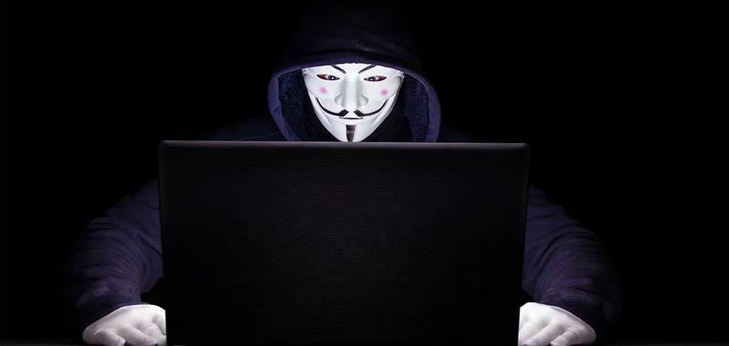 Anonymous attacco della polizia americana