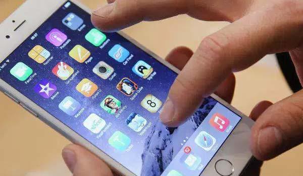 Apple festeggia 1 miliardo di iPhone venduti