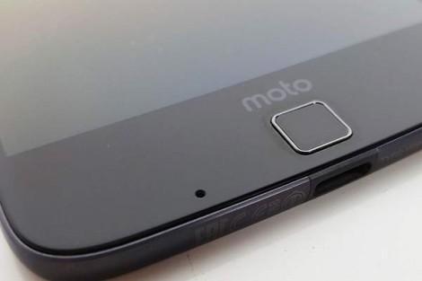 Moto Z Lenovo sfida il mercato Moto Mods