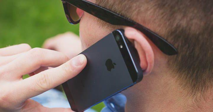 Smartphone fanno venire le corna ai giovani