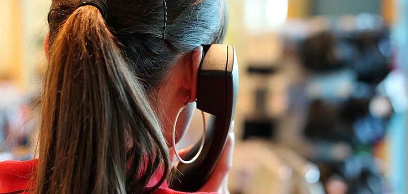 Telefonia inchiesta svela come fanno i call center a tartassarci