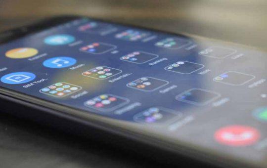 Xiaomi Il nuovo caricatore wireless per tre dispositivi contemporaneamente